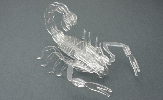 Скорпион от плексиглас