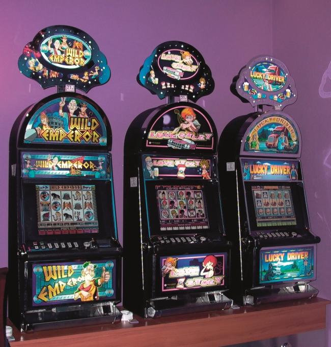 Печат на игрални автомати за казина