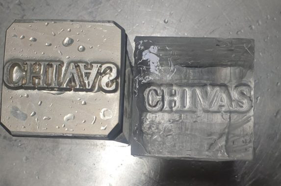 брандирани кубчета лед